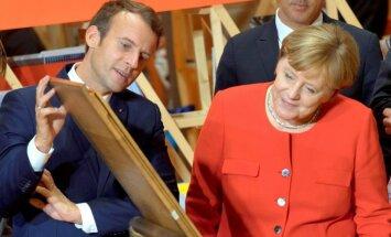 Makrons aicina Merkeli kopīgi atjaunot Eiropu