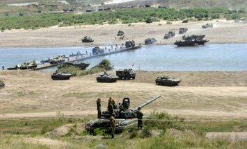 Krievija sākusi armijas 'atvilkšanu' no Ukrainas pierobežas, apstiprina Pentagons