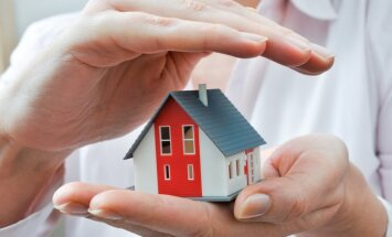Vērā ņemami padomi, kā nodrošināt mājokļa drošību atvaļinājuma laikā
