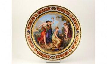 Vīnes porcelāna manufaktūras šķīvis