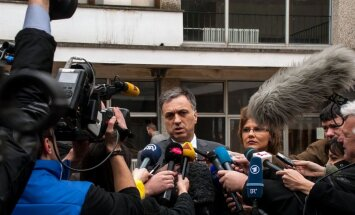 Abi kandidāti paziņo par savu uzvaru Melnkalnes prezidenta vēlēšanās