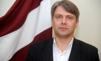 Tiesībsargs Saeimā kritizē veselības aprūpes sistēmas reformu