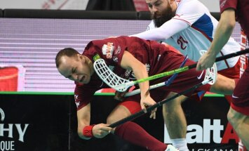 Latvijas florbola izlase pasaules čempionāta astotdaļfinālā tiksies ar Dāniju vai Slovākiju