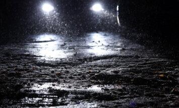 Apledojuma dēļ uz šosejas Rīga–Valmiera izveidojies sastrēgums
