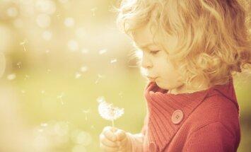 Kā izaudzināt laimīgu bērnu? Atsakoties no stereotipiem un mīlot, atgādina profesore Ancāne