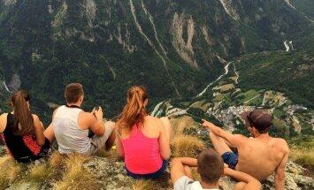 Jaunieši no Latvijas izbraukā Eiropu, iztērējot tikai 150 eiro
