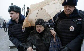 Maskavā aizturēti opozīcijas televīzijas kanāla atbalstītāji