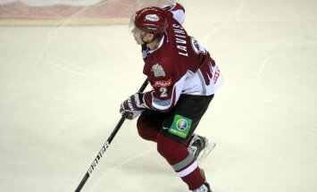 Portāls: izlases rekordists Laviņš beidzis hokejista karjeru un kļuvis par 'Kurbada' galveno treneri