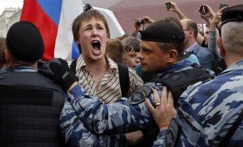 Navaļnija protesti: Masu aizturēšanas un dzeltena pīlīte