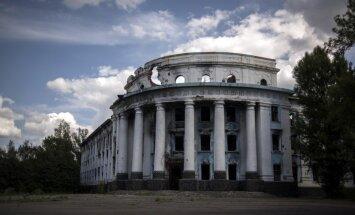 Tukšāk nekā Černobiļā: Kā izskatās okupētie ciemi Ukrainas frontes zonā