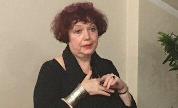 """У Кремля много башен. Писатель Мария Арбатова: """"У меня одна жена — с винтовкой, а другая — с ружьем"""""""