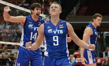 Russian players Alexey Spiridonov (front)