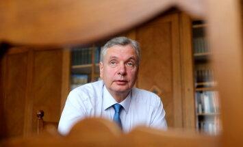 Шадурскис: оплачивать учебу иностранцев в частных учебных заведениях Латвия не будет (уточнено)
