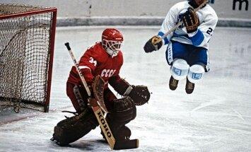 Умер первый российский вратарь в НХЛ