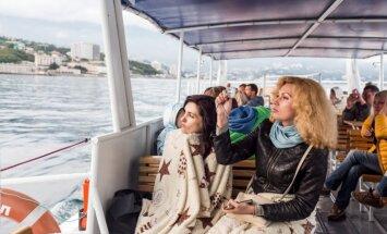 'Delfi' Jaltā: Mainījušās cenas un sadedzinātas Ukrainas pases