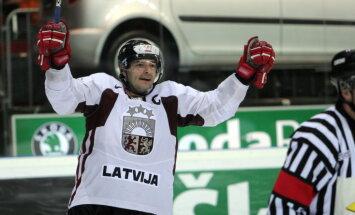 Bijušais Latvijas hokeja izlases kapteinis Semjonovs kļuvis par treneri Zviedrijas 'Asploven'