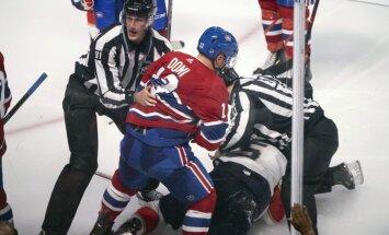 Video: Monreālas 'Canadiens' uzbrucējs sarīko kautiņu NHL pirmssezonas spēlē un nopelna diskvalifikāciju