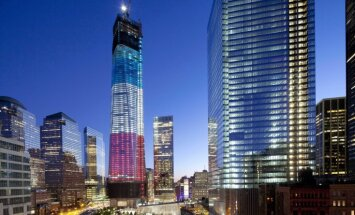 ASV piemin 2001. gada 11. septembra teroraktu upurus