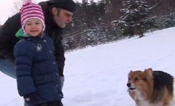 Vai mūziķa Ainara Mielava ģimenes mīlulis Rausis draudzējas ar citiem suņiem?