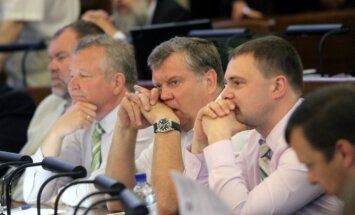 'Delna': līderis 11.Saeimas komisiju sēžu kavēšanā – Urbanovičs