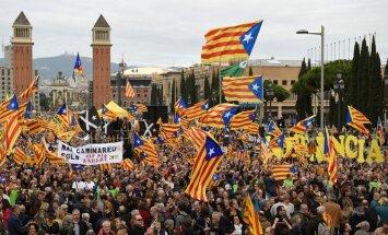 Katalonijas neatkarības referendums ir pretlikumīgs, atzīst Spānijas Konstitucionālā tiesa