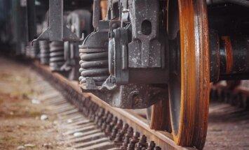Uz pieciem gadiem plāno iesaldēt dzelzceļa infrastruktūras maksu