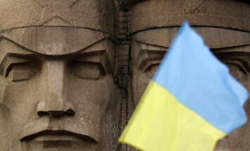 Ukrainas pagaidu prezidents brīdina par separātisma draudiem