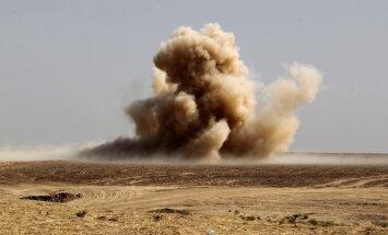 Cīņa par Mosulu: Irākas spēki pirmdien atkarojuši vēl divus ciematus