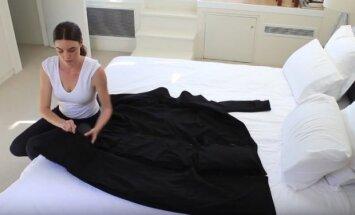 ВИДЕО: Австралийские дизайнеры создали пальто-чемодан для авиапассажиров