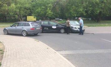 Video: Divu auto avārija Rēzeknes ielā