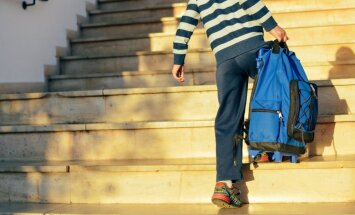 Vingrojumu komplekss, lai bērna mugura būtu bez kūkuma