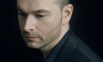 'Sinfonietta Rīga' koncertēs kopā ar pianistu Niku van Blosu