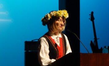 Foto: Aizvadīti XVI ASV Rietumkrasta latviešu Dziesmu svētki