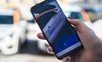 Krievijā dibinātais 'Yandex.Taxi' sācis darboties Latvijā; 'Uber' ienākšanu vēl plāno
