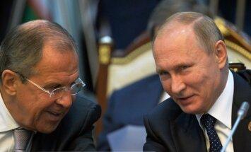 Ukrainas austrumos pirmdien spēkā stāsies pamiers, sola Lavrovs