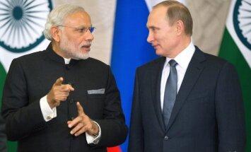 Indija un Krievija nostiprina sadarbību un paraksta 6,4 miljardu vērtu līgumu