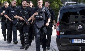 Apšaudē Minhenes apakšzemes stacijā smagi ievainota policiste