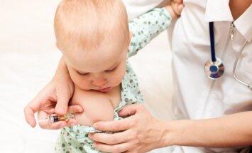 Iespējamās reakcijas pēc bērna vakcinēšanas un kad poti labāk atlikt