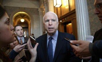 ASV senatoram Džonam Makeinam diagnosticēts smadzeņu vēzis