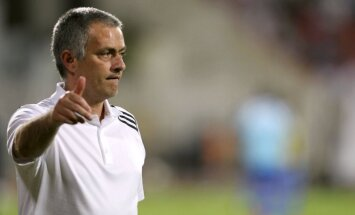 Mourinju pagarina līgumu ar Spānijas čempionvienību 'Real Madrid'