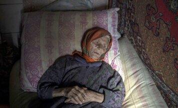 Foto: Kā dzīvo daži pēdējie Luhanskas apgabala Žolobokas ciema iedzīvotāji