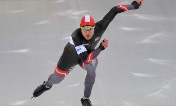 Ātrslidotājam Silovam uzvara Pasaules kausa posma 1000 metru B divīzijā