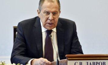 ASV 'spēlē terorisma spēli,' uzsver Lavrovs