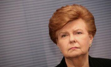Vīķe-Freiberga: Saeimai jāatbalsta atteikšanās no nepilsoņa statusa piešķiršanas bērniem
