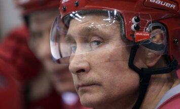 Вике-Фрейберга: Путин хочет войти в историю как помесь Петра I со Сталиным