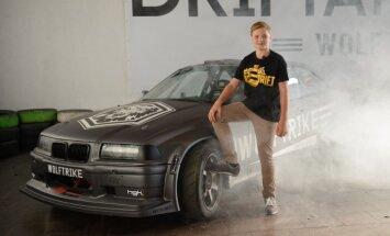 Foto: Latviešu drifteris Nikolass Bertāns svin 13 gadu jubileju un atrāda jauno auto