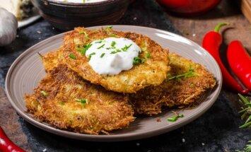 Ģeniāli vienkāršās kartupeļu pankūkas: 14 receptes – klasiskas, ar sēnēm vai gaļu