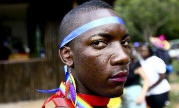 Ugandā noticis viens no retajiem Āfrikas geju praidiem