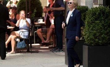 Telekanāls: Klintone ar piektdienu atkal piedalīsies kampaņas pasākumos