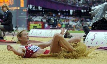 Radeviču no bronzas Olimpiādē šķir viens centimetrs